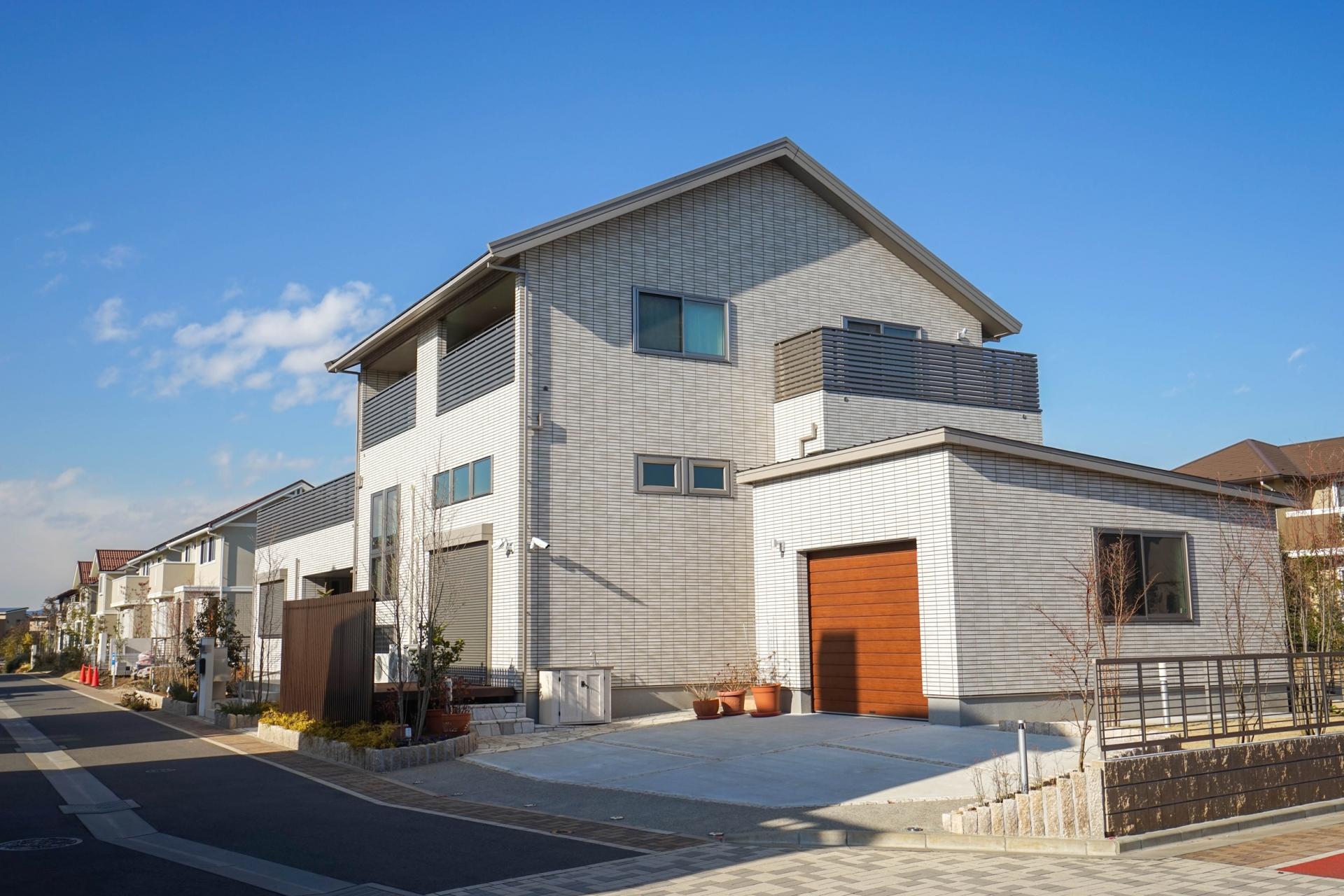 屋根・外壁の人気色をランキング形式でご紹介!