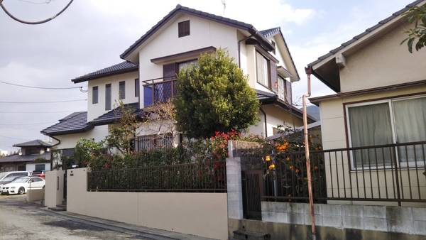 11/11完成です。太宰府市水城・F様邸 外壁塗装・屋根塗装工事