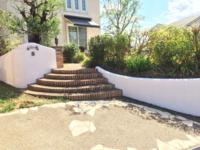 8月30日完成です。太宰府市大佐野・D様邸 塀塗装工事