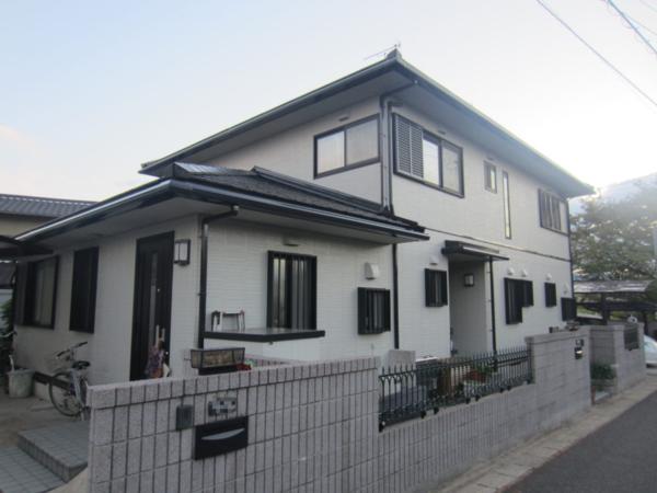 9/21完成です。福岡県春日市白水池・H様邸 外壁塗装・屋根塗装工事