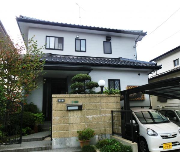 10月14日完成です。太宰府市長浦台・W様邸 外壁塗装工事