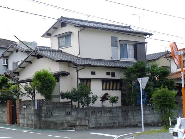 5/8完成です。太宰府市高雄・Y様邸 外壁塗装工事