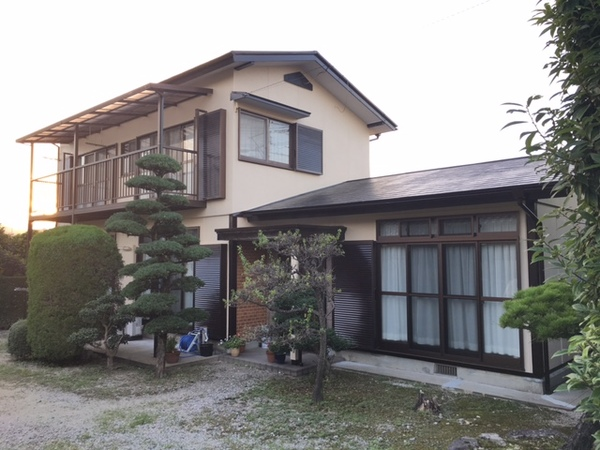 9/14完成です。筑紫野市紫・T様邸 外壁塗装・屋根塗装工事
