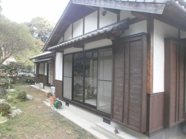 7/16完成です。筑紫野市・I様邸 木部塗装工事