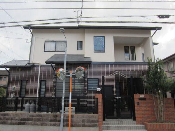 12/28完成です。西区千里・T様邸 外壁塗装・屋根塗装工事