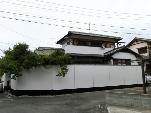 12月18日完成です。太宰府市梅香苑・K様邸 外壁塗装・屋根塗装工事