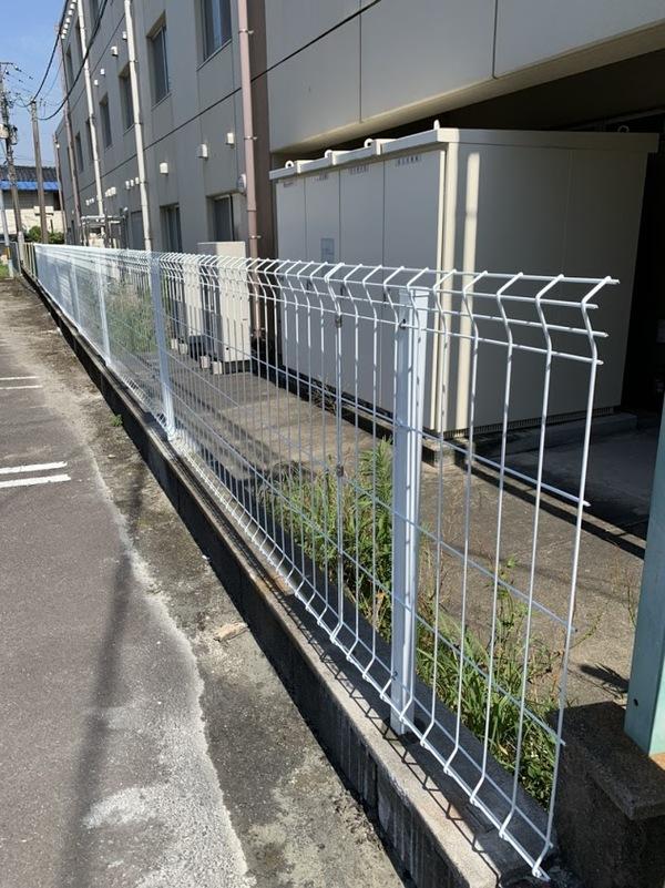 6/6完成です。佐賀県鳥栖市・鳥栖P フェンス工事