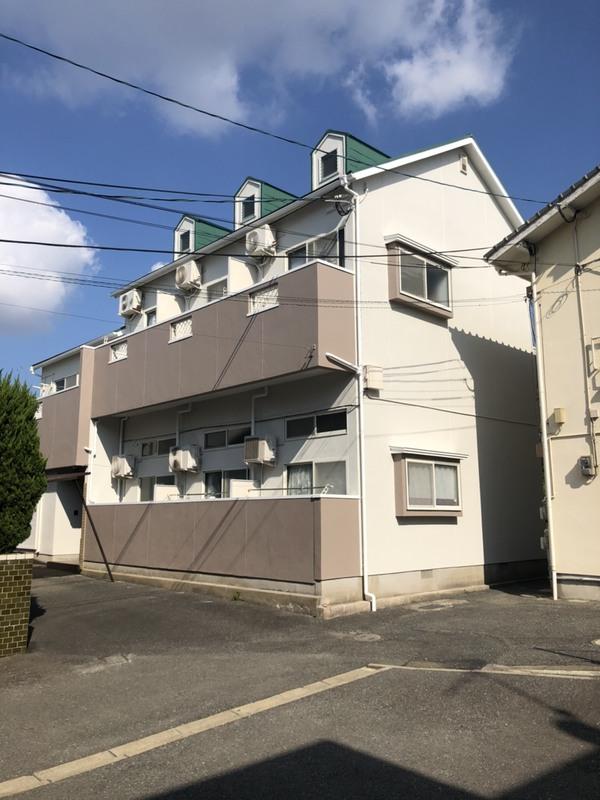 10/21完成です。福岡市東区・H様学生寮 外壁塗装・屋根塗装工事