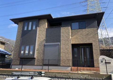 2/18完成です。筑紫野市吉木・I様邸 外壁塗装・屋根塗装工事