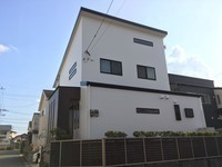 11/17完成です。筑紫野市紫・A様邸 外壁塗装・屋根塗装工事
