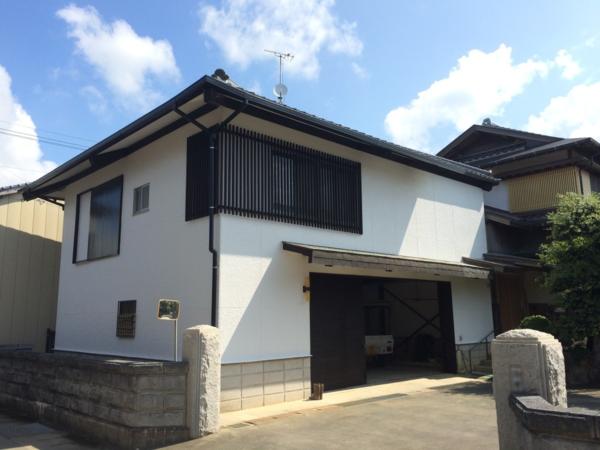 8月12日完成です。朝倉市大字大庭・H様邸 外壁塗装・屋根伏せ替え工事