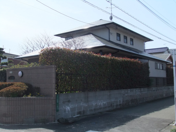 3/11完了です。筑紫野市上古賀・G様邸 屋根塗装工事
