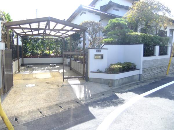 10月23日完成です。筑紫野市吉木・N様邸 塀塗装工事