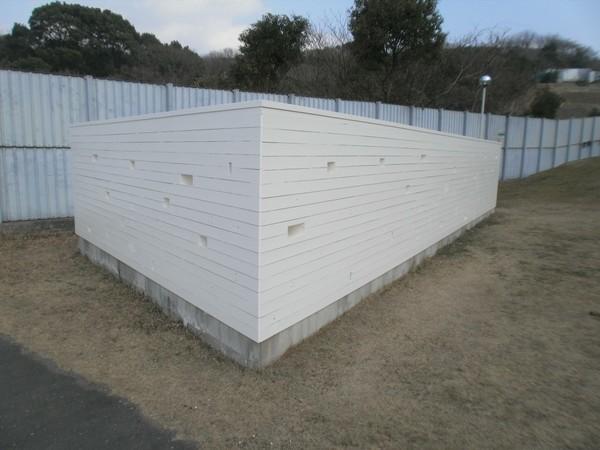6/18完成です。福岡市博多区・麻薬探知犬訓練用木壁塗装工事