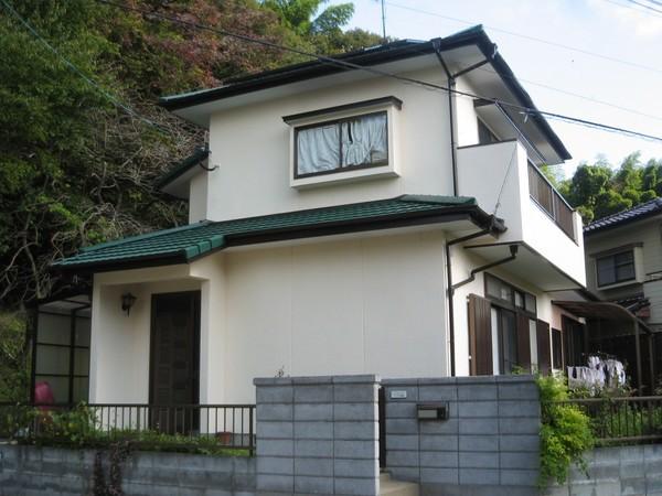 9/7完成です。筑紫野市・F様邸 外壁塗装・屋根塗装工事9/7完成です。筑紫野市・F様邸 外壁塗装・屋根塗装工事