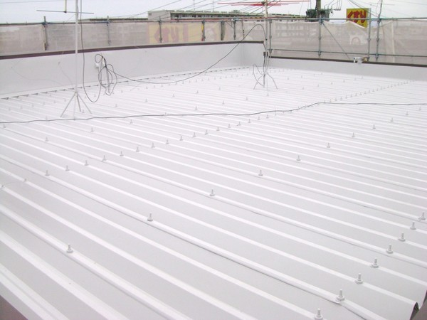 4/17完成です。福岡市西区・いかの里様 屋根塗装工事